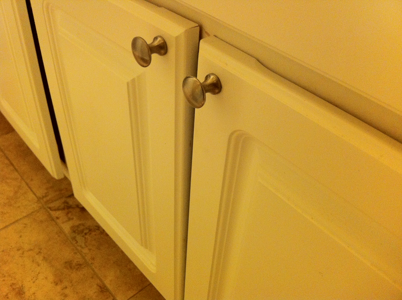 What is the best way to paint bathroom cabinets specially for Best way to paint a bathroom