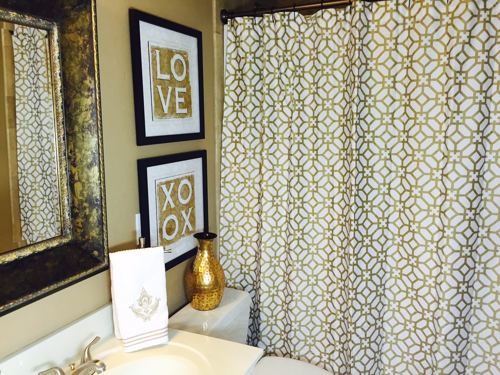 luxury guest bathroom designs by tamela