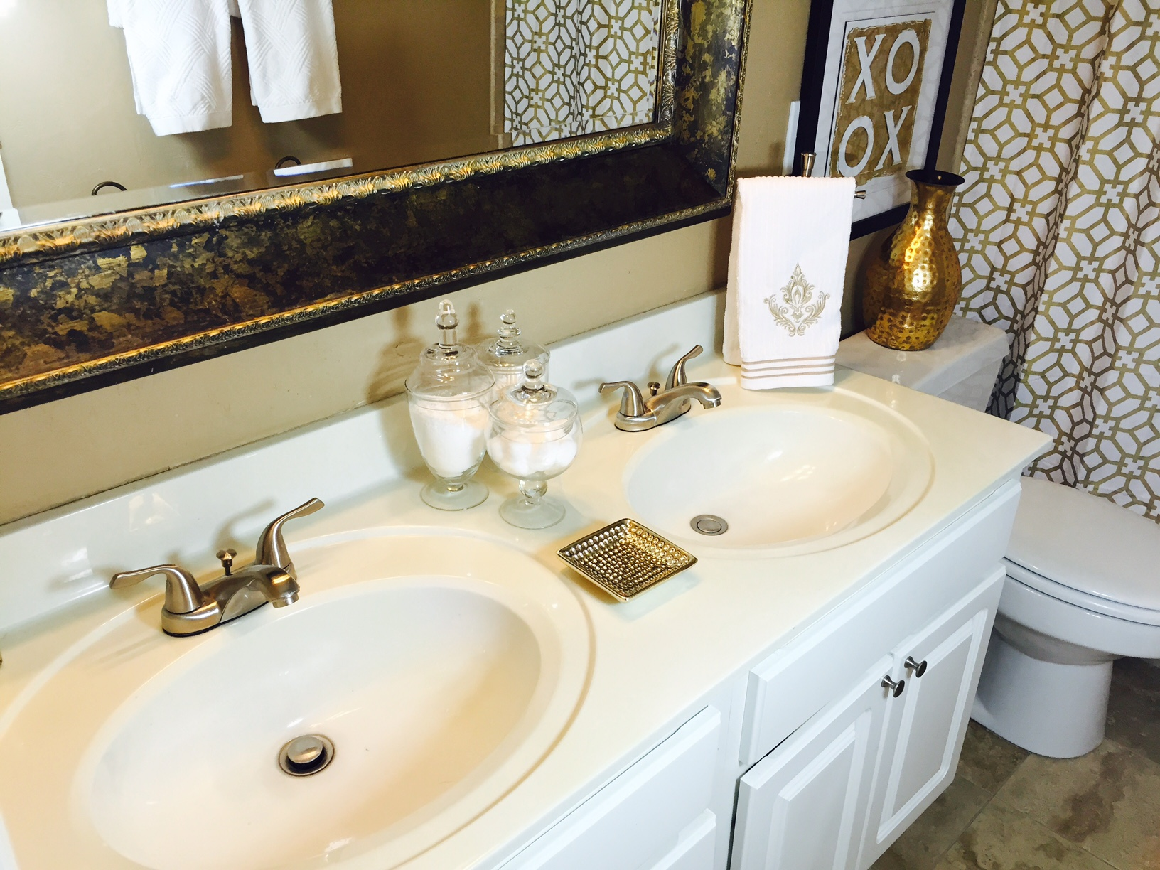 Guest Bathroom Remodel Ideas. Small Guest Bathroom Design With Guest ...