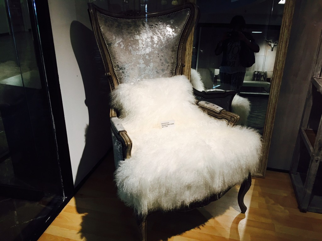wtc chair with fur