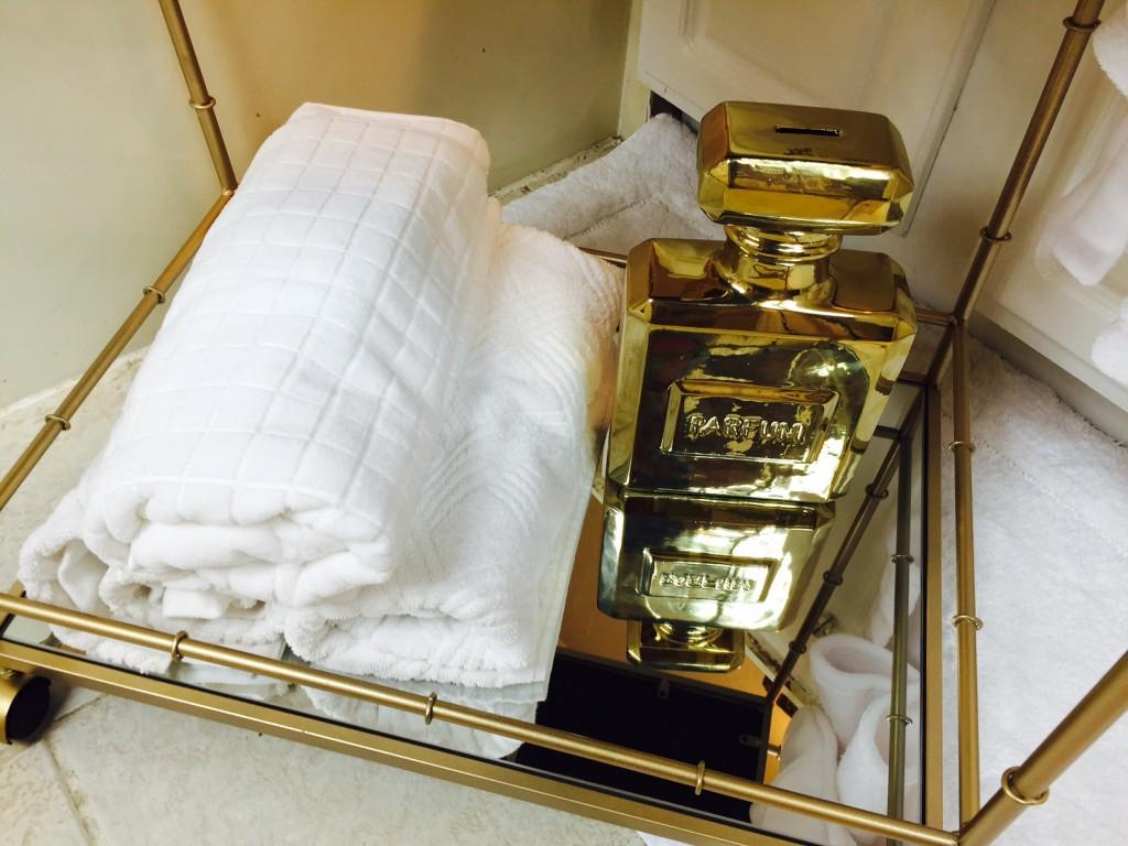 spa bar cart towels